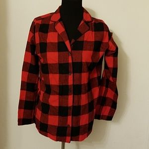 Holiday plaid pajama set from old navy Sz S